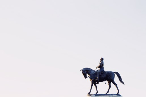 confederate statue, virginia -- dean-hinnant-349985-unsplash